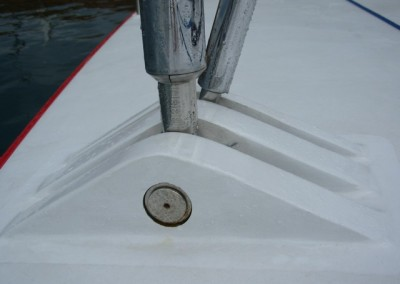 location where to drive the shroud pins in, for 76 ft boat